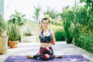 10 bí quyết tập yoga tại nhà thành công